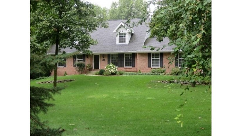 3131 W Danbury Dr Janesville, WI 53546 by Coldwell Banker The Realty Group $314,900