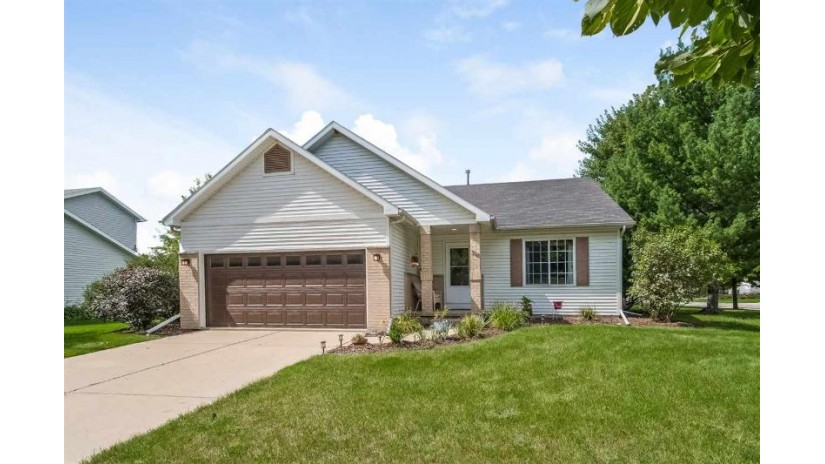 319 Tanglewood Ct Cottage Grove, WI 53527 by Stark Company, Realtors $269,900