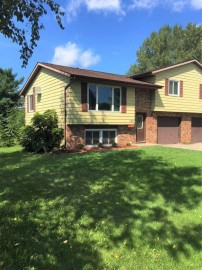 6831 Sunset Meadow Dr, Windsor, WI 53598