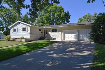 301 N Willow St, Reedsburg, WI 53959