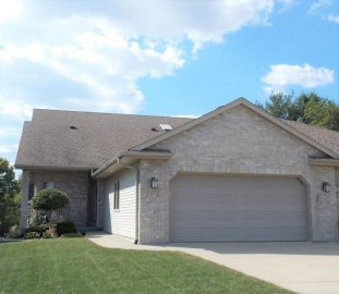 1211 Shannon Ct, Janesville, WI 53546