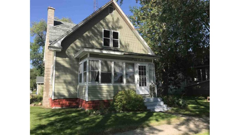 160 W State St Adams, WI 53910 by Pavelec Realty $39,900