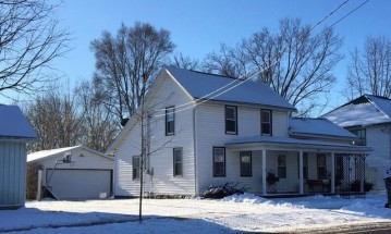 309 W Water St, Cambridge, WI 53523