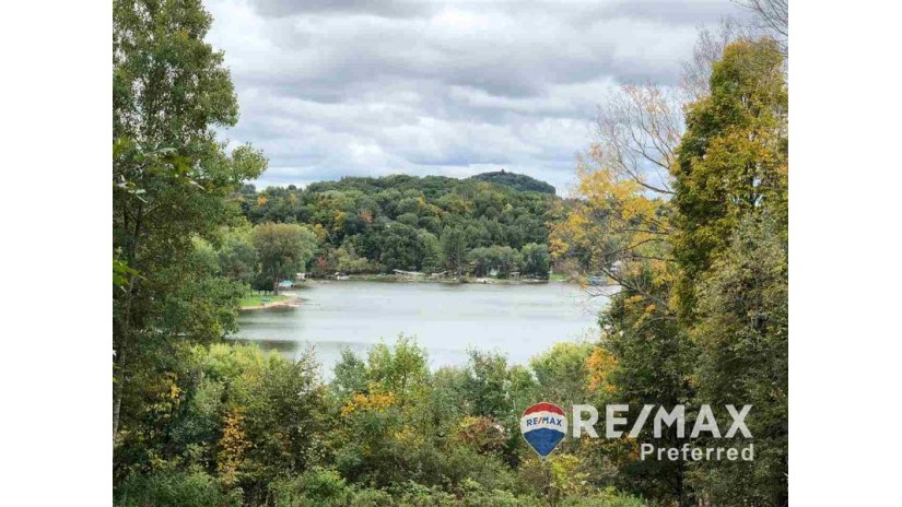 S628 Whippoorwill Ct La Valle, WI 53941 by Re/Max Preferred $189,900