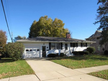 2300 18th Ave, Monroe, WI 53566