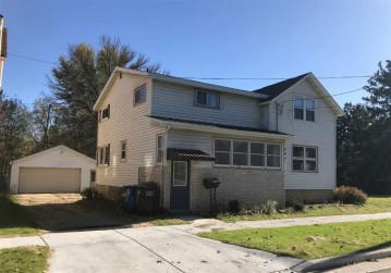 247 S Water St, Columbus, WI 53925
