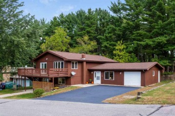 1191 Canyon Rd, Lake Delton, WI 53965