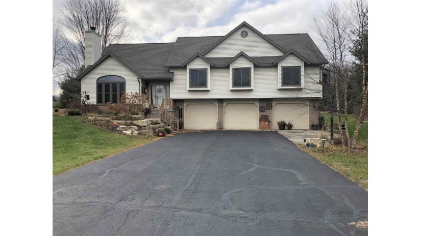 S3627 Pine Knoll Dr Fairfield, WI 53913 by First Weber Inc $280,000