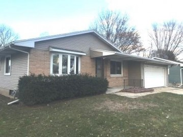 4614 Bunker Hill Ln, Madison, WI 53704