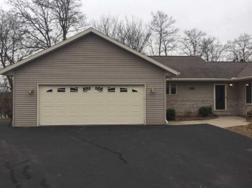 325 Golf Course Rd, Reedsburg, WI 53959