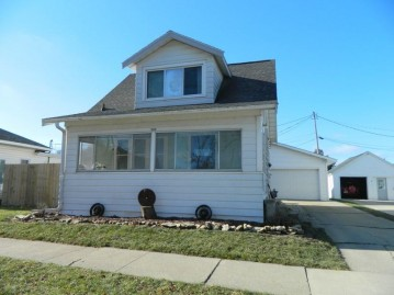 1819 14th Ave, Monroe, WI 53566