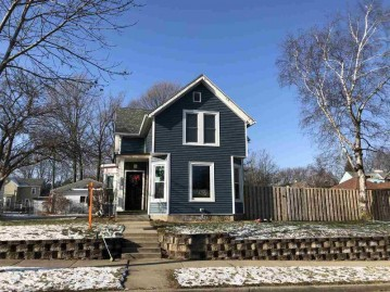 1313 20th Ave, Monroe, WI 53566