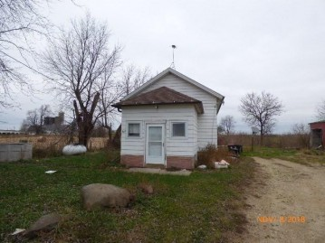 12348 W County Road B, Center, WI 53548