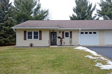 946 Saddle Ridge, Pacific, WI 53901