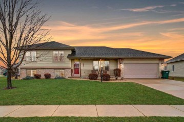 308 Lindsay Way, Cottage Grove, WI 53527