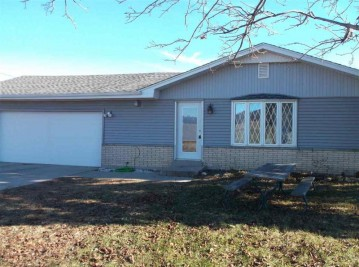 7590 Hwy 144, Farmington, WI 53090-9015