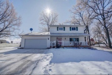 1339 Prairie Village Rd, Deerfield, WI 53531