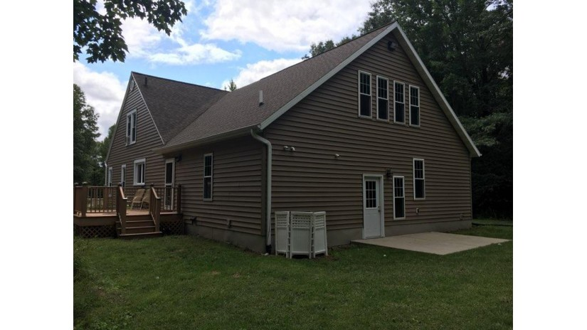 W806 Heath Ln Peshtigo, WI 54143 by Broadway Real Estate $259,900