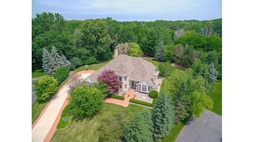 4380 Loughlin Ct N Brookfield, WI 53005-1550 by Powers Realty Group $729,900