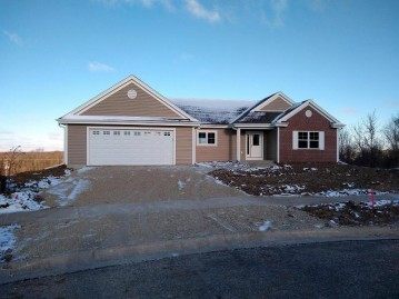 200 Tansdale Ct, Johnson Creek, WI 53038