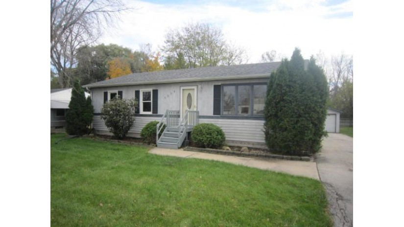 5509 61st St Kenosha, WI 53142-3080 by Keefe Real Estate, Inc. $149,900