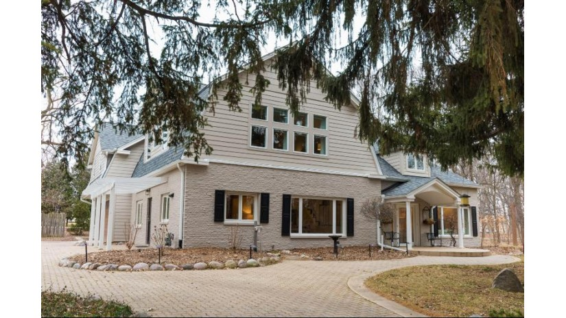 2545 N 100th St Wauwatosa, WI 53226-1641 by Firefly Real Estate, LLC $750,000