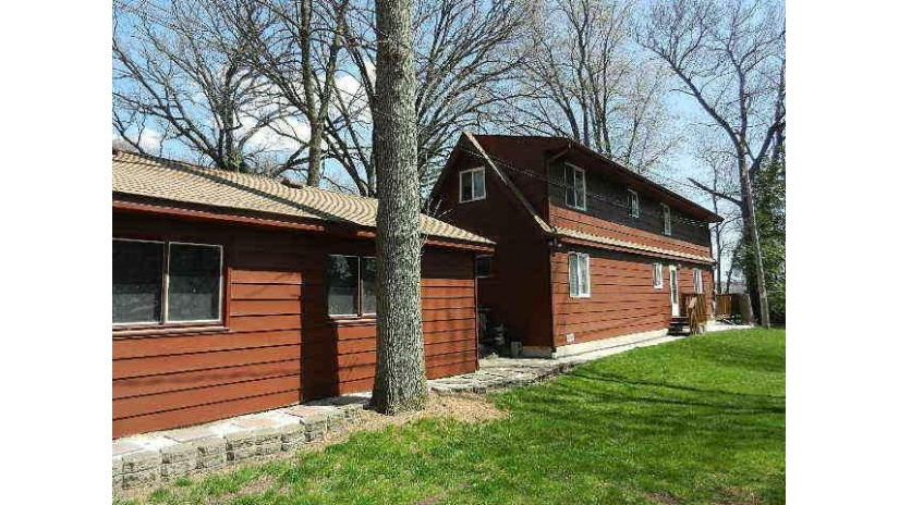 2304 Haerle Ave Twin Lakes, WI 53181-9764 by Keefe Real Estate, Inc. $475,000