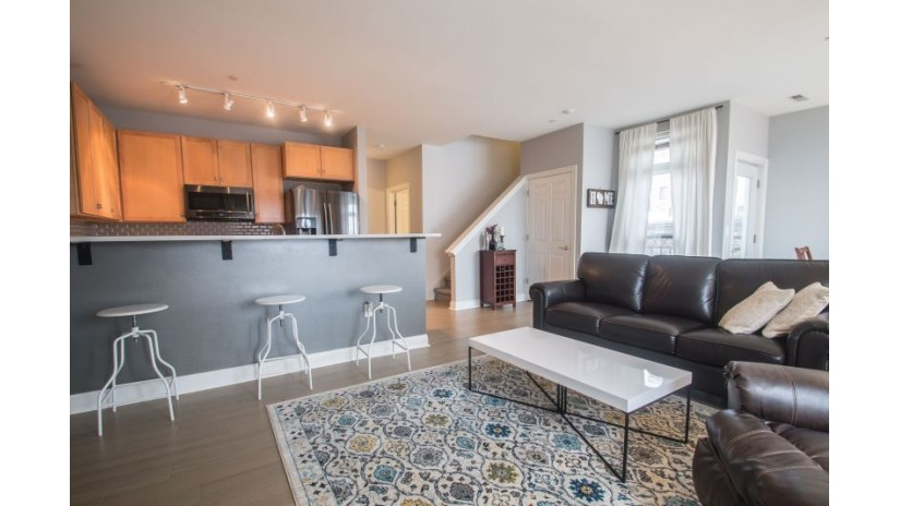 1920 N Farwell Ave 410 Milwaukee, WI 53202-1574 by Shorewest Realtors $262,300