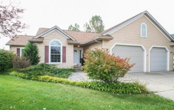 339 Sunburst Ave, Twin Lakes, WI 53181