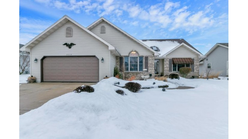 2239 34th Ave Kenosha, WI 53144 by Berkshire Hathaway Home Services Epic Real Estate $299,900