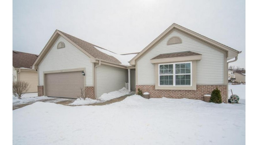 641 Thekla Ln West Bend, WI 53095-5432 by Exsell Real Estate Experts Llc $254,900