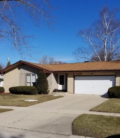 5102 Russell Dr, Greendale, WI 53129-2836