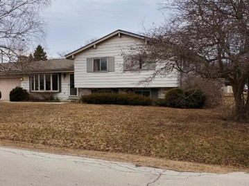 3020 Valley Forge St, Caledonia, WI 53404-1359