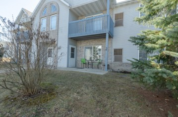 900 Fox Creek Dr 3, Watertown, WI 53098-1314