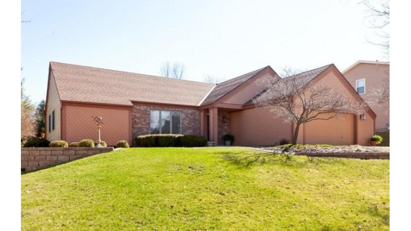 1933 Rustic Way Waukesha, WI 53186-2679 by Coldwell Banker Residential Brokerage $317,000