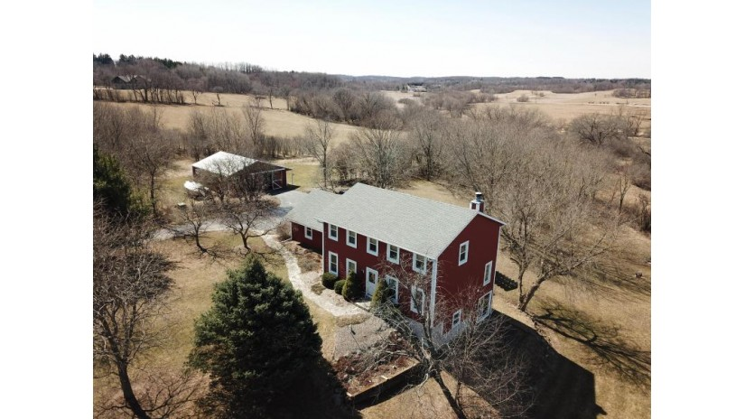 W290S6459 Holiday Rd Mukwonago, WI 53189 by Century 21 Affiliated - Delafield $425,000