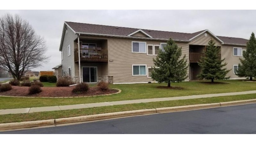 611 Reena Ave #1 Fort Atkinson, WI 53538-3140 by Century 21 Integrity Group - Jefferson $140,000