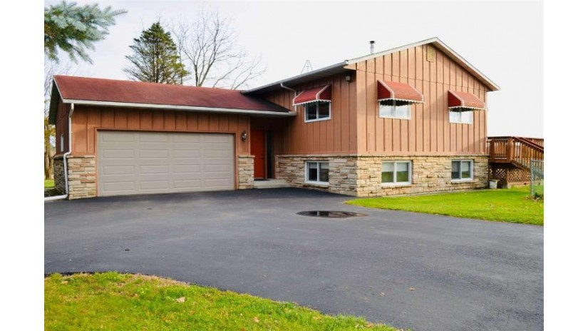 W10089 HWY VV Red Springs, WI 54128-8912 by Coldwell Banker Real Estate Group $159,900