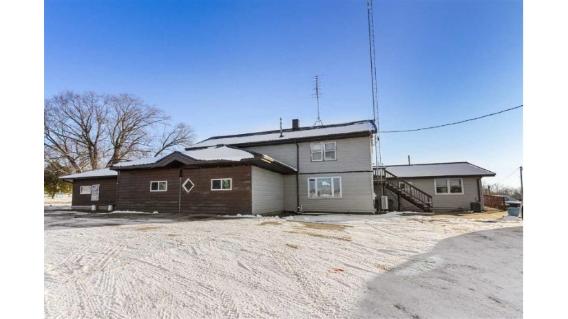 N6630 HWY 49 Bloomfield, WI 54983 by Rieckmann Real Estate Group, Inc $299,000