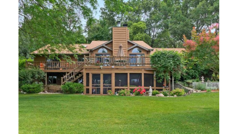 E5770 ARNDT Road Fremont, WI 54983 by Rieckmann Real Estate Group, Inc $349,900
