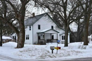 W8283 LINCOLN Avenue, Lamartine, WI 53065-9555