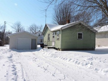 231 KAMPS Street, Combined Locks, WI 54113