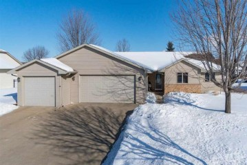 111 GREEN WAY Drive, Combined Locks, WI 54113