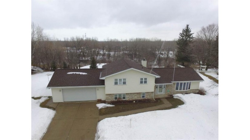 2481 VAGABOND Street Green Bay, WI 54302 by Express Realty LLC $184,900