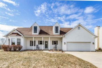 213 BOSWORTH Court, Neenah, WI 54956
