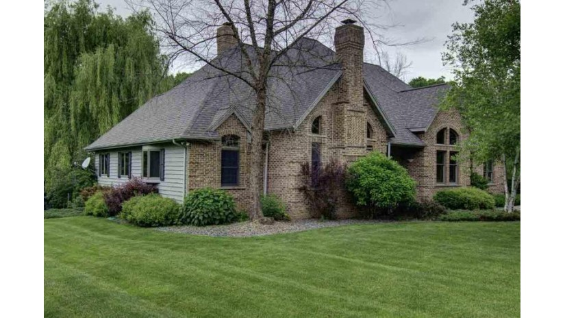 1244 E Lake Rd Mineral Point, WI 53565 by First Weber Inc $460,000