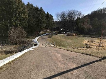 25571 County Road Y, Richland, WI 53581