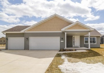 903 Hillview Rd, Black Earth, WI 53515