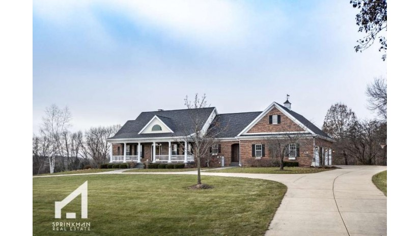 4875 Champions Run Springfield, WI 53562 by Sprinkman Real Estate $979,900
