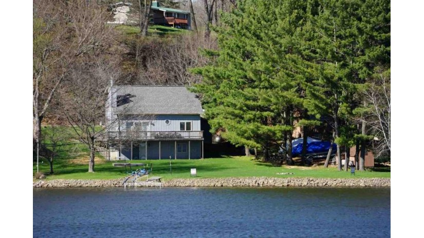S928 W Redstone Dr La Valle, WI 53941 by Evergreen Realty Inc $445,000